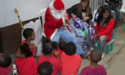 8 Papa noel con los regalos